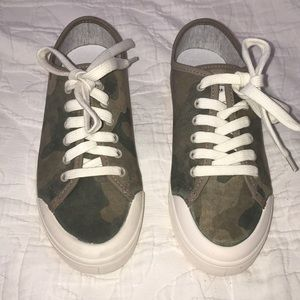 Rag & bone camo standard issue lace up sneakers